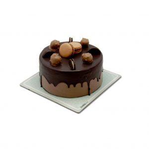 کیک تولد- ارسال هدیه به تهران- ارسال هدیه به ایران- تبریک تولد- ترافل - ارسال شیرینی - کیک شکلاتی